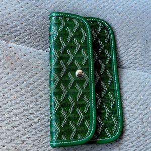 Green leather Goyard insert pouch